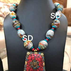 stone pendant necklace design